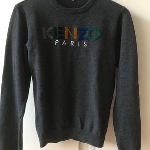 Kenzo tröja i storlek 170 även som en xs