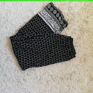Supersköna och snygga byxor i storlek 38, tunna och svala, 75kr + frakt