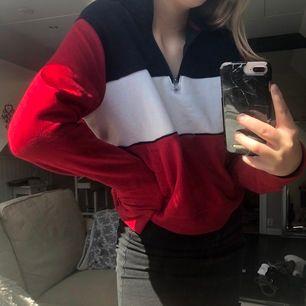 Jätteskön tröja från Hollister! Knappt använd