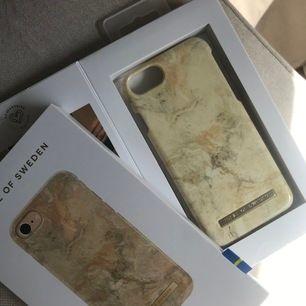 Säljer 2 iPhoneskal från Ideal of Sweden, båda är obrutna i förpackningen (den på bilden är mitt eget). Säljer båda tillsammans helst eller var för sig. 150kr för båda eller ett för 100kr +frakt⭐️ först till Swish!