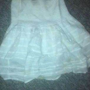 Superfin kjol från neo noir i storlek s/xs. Aldrig använd, frakt ingår ej❤️