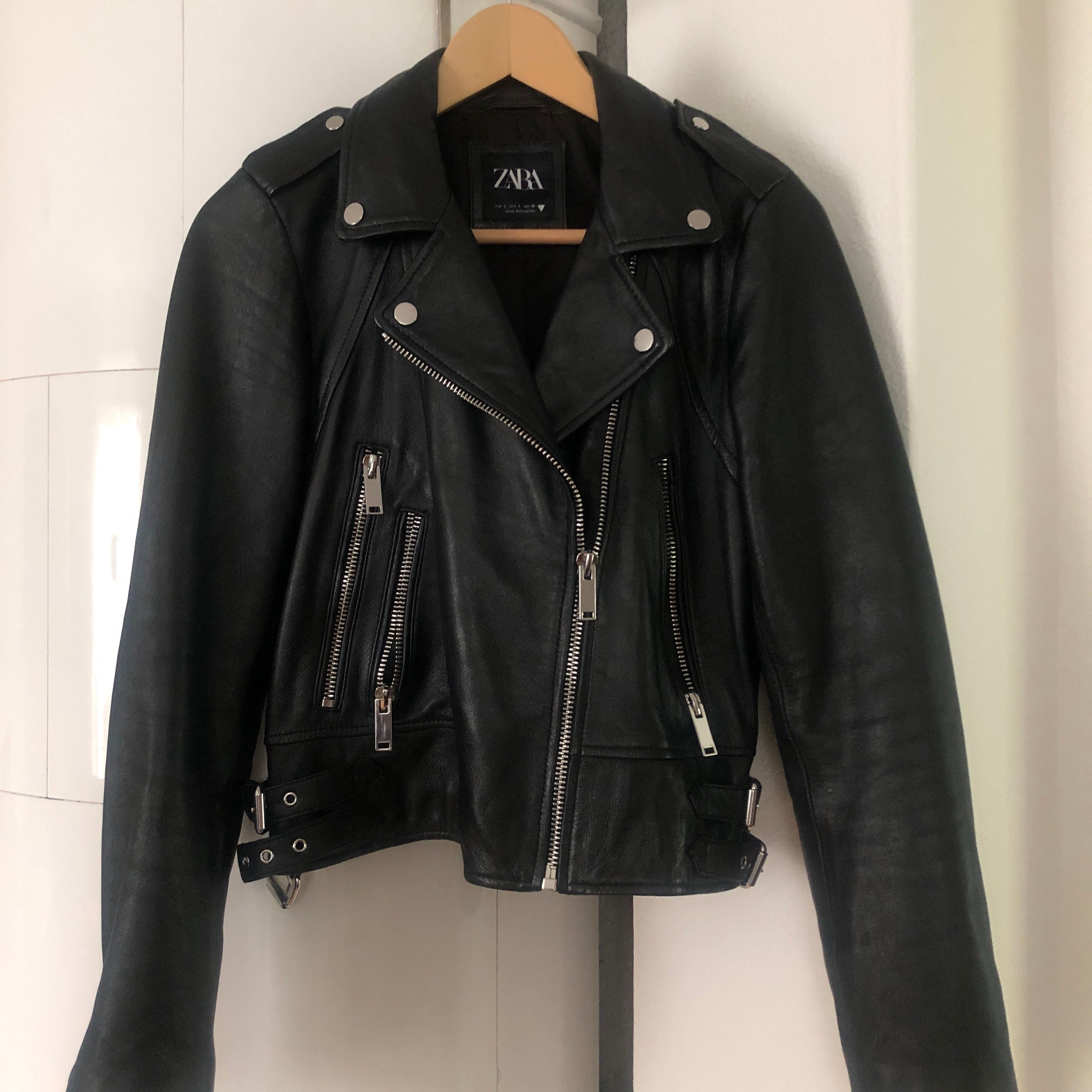 Zara real leather jacket. Size s, perfect conditions, biker style. Reatail price 1299kr. Shipping included . Jackor.
