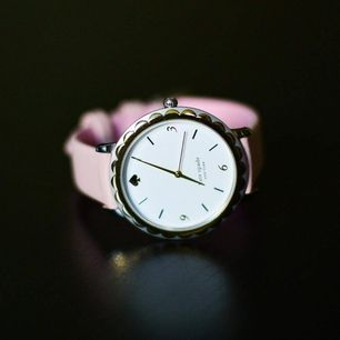 Selling Kate Spade New York MORNINGSIDE watch. Has been used only few times. Comes with an original box. Original price 1895