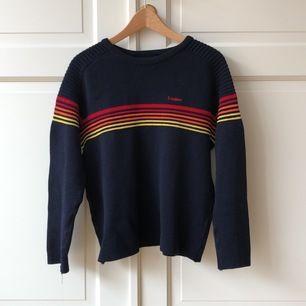Jättesnygg Ivanhoe-tröja i 100% merino ull. Bra skick. Det står att den är i large men känns mer som en small.  Köpt på myrorna 2015. Ett riktigt kap!