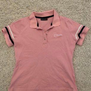 Vardaglig skjorta. Storlek XS. Köparen står för frakten