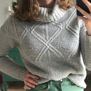 Mysig grå stickad tröja från lager 157 i storlek XS