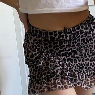 Super fin kjol köpt för ett tag sedan online men bestämde fel storlek💕