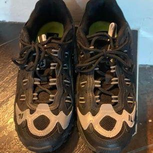Fila skor helt nya stl 38