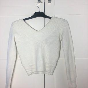Säljer en jätte snygg vitvarornas tröja, använd fåtal gånger!