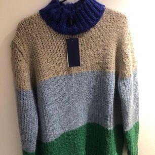 Helt oanvänd chunky knit från 2nd day  nypris ca 1500kr
