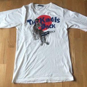 D&G tshirt, superbra skick! Finns kvitto osv
