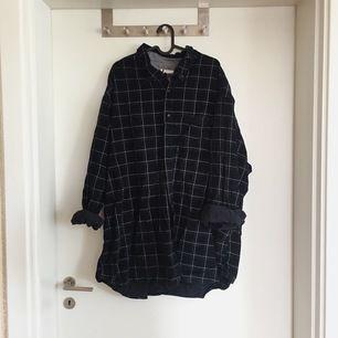 Riktigt oversize flanellskjorta, perfekt på morgonen😌