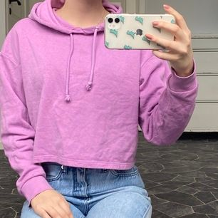 Ljuslila superfin hoodie!💓