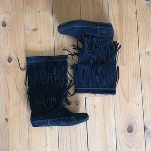 Svarta boots, knappt använda 🤘