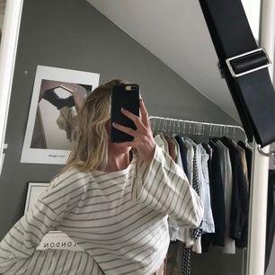 Randig tröja från Na-kd💘 aldrig använd
