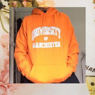 en mysig oversized hoodie, nyskick:) fraktar :)