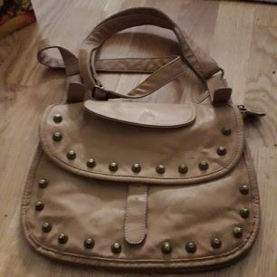 Hel o fin väska som aldrig blivit anvönd