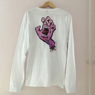 En tröja från Santa Cruz i storlek M