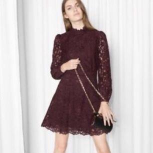 Super fin klänning i storlek 36 från & other stories. Köpare står för frakt