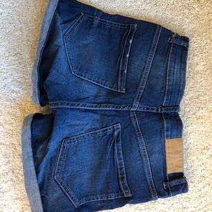 Shorts från Lindex, köpare står för frakt!