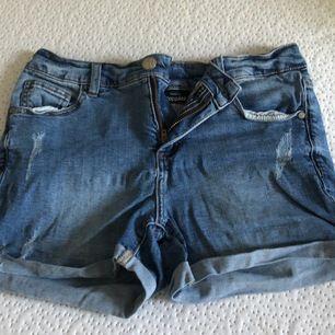 Shorts från Kappahl, köpare står för frakt! (44kr)