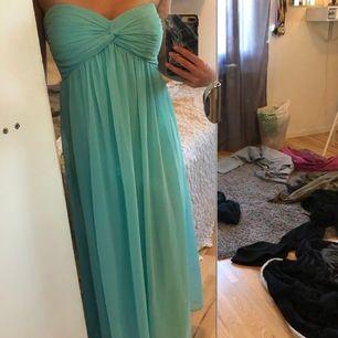 Jättefin blå Fin klänning