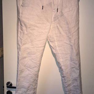 Linne byxor från Lindbergh storlek: M.  Kan skicka (köparen står för frakten)