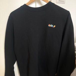Jätte fin tröja från Tylers märke Golf wang. Äkta. Super bra skick knappt använd. Strl S
