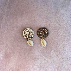 Superfina örhängen från zara. Använda 2-3 gånger! Frakt ingår💕