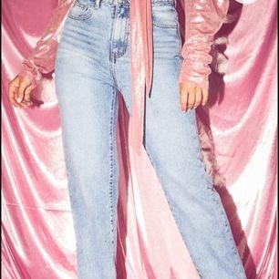 Jeans från PLT. Prislapp på. Liten i storlek. Beställde stl M , men känns som stl S.