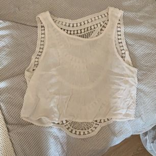 Skön tunn tröja från HM passar med allt, Möts i Karlstad skickar inte i posten