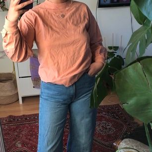 Ljusrosa söt sweatshirt - fri frakt🌻