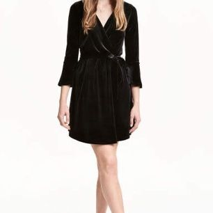 H & m wrap tie midi velvet dress.  3/4 sleeves  V-neck  Excellent condition  Size 36 Please check my other items! :)