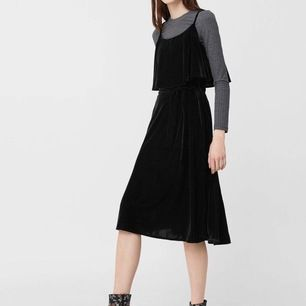 PMango new blue velvet midi dress. Size M Please check my other items! :)