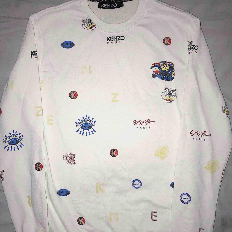 Unikare kenzo tröja som förtjänar att bli mer använd än vad den blir💜💕. Huvtröjor & Träningströjor.