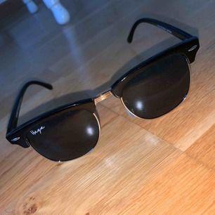 Säljer mina solglasögon från haga eyewear. Nästan aldrig använda. Köparen står för frakt