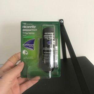 Nicolette peppermint 1mg/ spray, sluta röka, aldrig använd helt ny. Frakten ingår i priset🤗