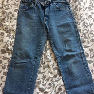 90s jeans av märket Wrangler