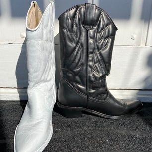 Storlek 39, omgjorda boots