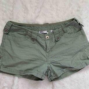 Urban Republic shorts st.40