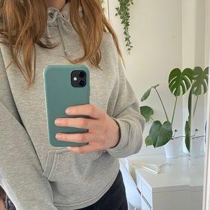 fin grå hoodie från bikbok i storlek xs :))