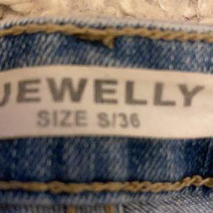Säljes pga fel storlek