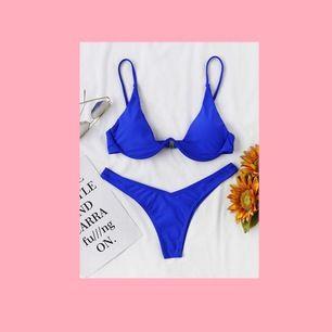 Snygg bikini från Shein🌸 #shein #zaful #bikini #bh #trosa #lila #svart #orange #blå #överdel #underdel #sommar #badkläder #fashion #mode #street #wear #streetwear #vsco #semester #strand #baddräkt #solglasögon #virkat #stickat #nakd #tröja #tshirt #topp