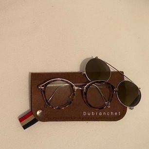 Jätte fin kopia av Dubranchet som är både sol och glasögon (the biker leopardo). Inklusive frakt 🥰