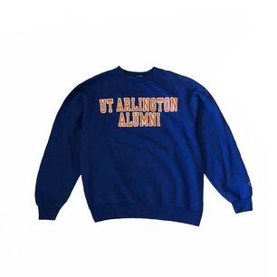 "Vintage UT ""ARLINGTON ALUMNI"" Champion Sweatshirt   Size Medium  Details Blue and Orange color  Price 300kr  Dm för frågor"