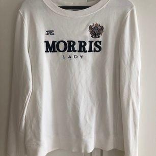 Säljer denna fina Morris tröja i storlek Medium använd 1 gång bara hängt i garderoben💫 säljer den för 213kr då ingår spårbar frakt 🚚