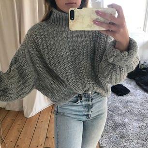 Stor och mysig stickad tröja från H&M i storlek XL