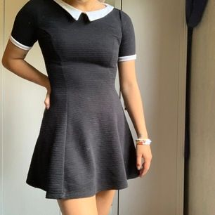 Säljer denna klänning då jag inte använder den något mer. Köparen står för frakten ✨