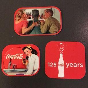 Coola retro kylskåpsmagneter. 125 årsjubileum. 3 st fint .skick frakt 11kr🤟🏽