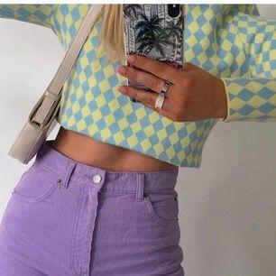 Fin pastl tröja från Zara. Köpt på plick och aldrig använd (inte mina bilder)